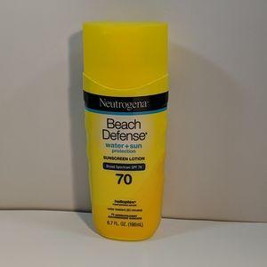 Neutrogena Beach Defense Sunscreen SPS 70 New